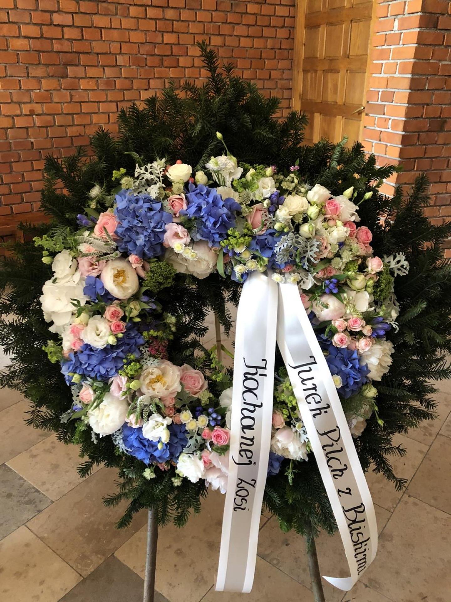 Obsługa florystyczna pogrzebów